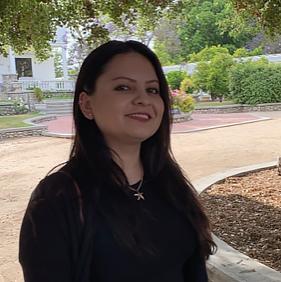 Claudia-Ruiz-Office-Manager